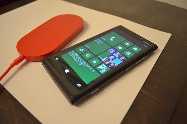 06c48ff3b43 Alles see oli, kui müügile saabus Nokia Lumia 900, nüüd oodatakse juba Nokia  Lumia 920 nutitelefoni. Põhjusega oodatakse, sest esimene mulje on päris  hea.