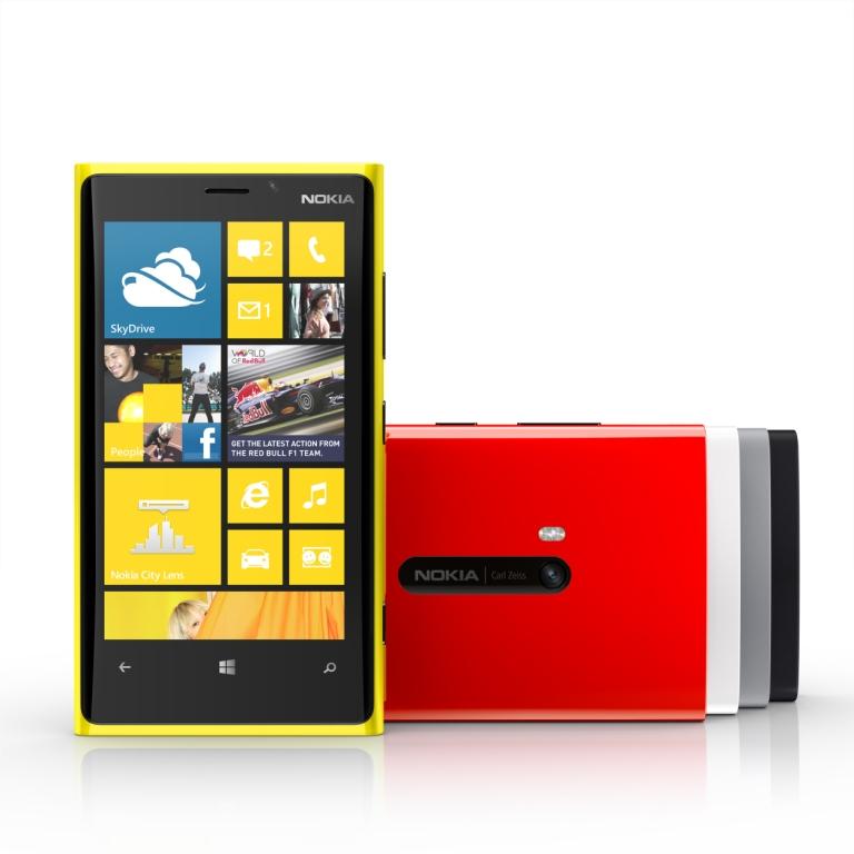 8ab328fbda0 Täna esitles Nokia oma uusi telefone Nokia Lumia 920 ja 820. Vaadates  aastases testis olevat Nokia Lumia 800, pole välimuses märgatavalt muutusi  peale ...