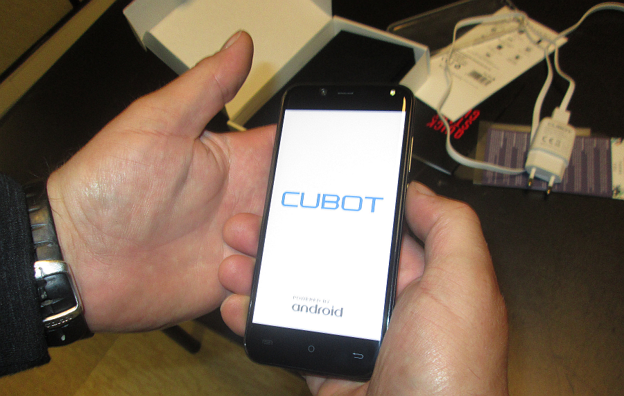 Cubot Magic
