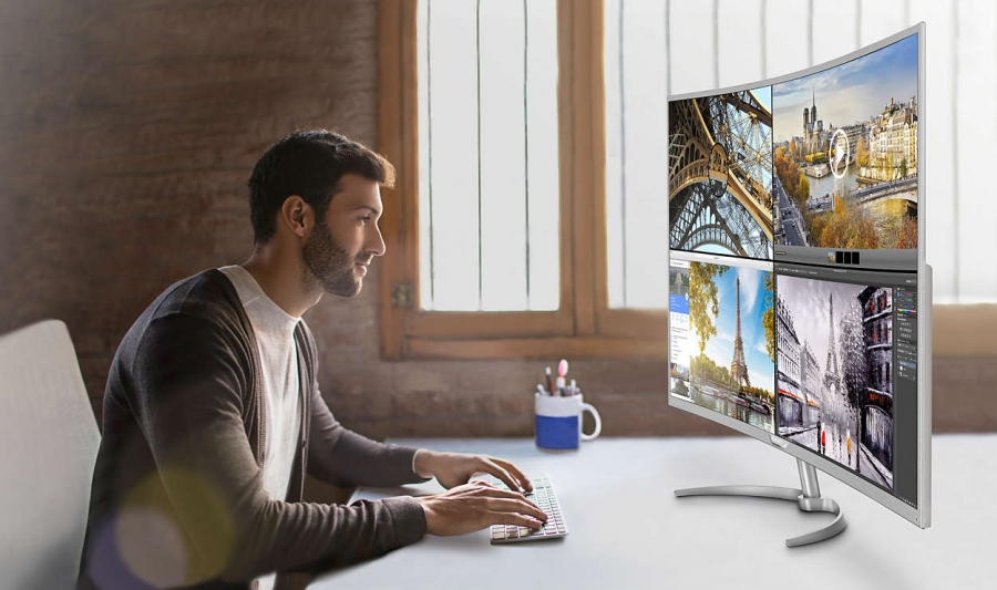 Philipsi nõgus 4K monitor.